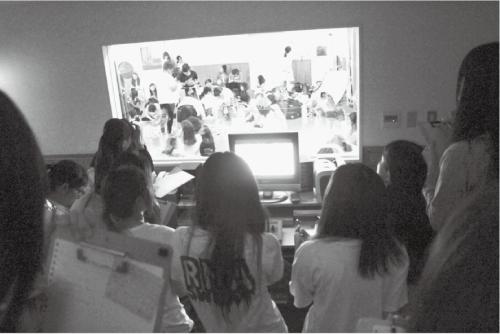 写真3 子ども発達センター観察室