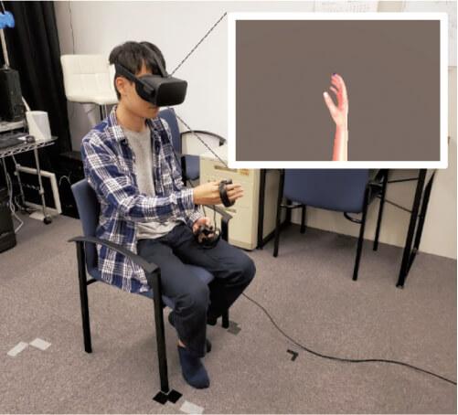 図2 手の視覚フィードバックの位置の効果を検討した実験の例