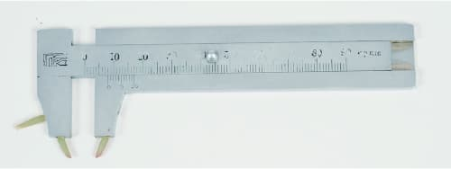 写真4 関西学院大学に残るスピアマン式触覚計(竹井機器工業社製)